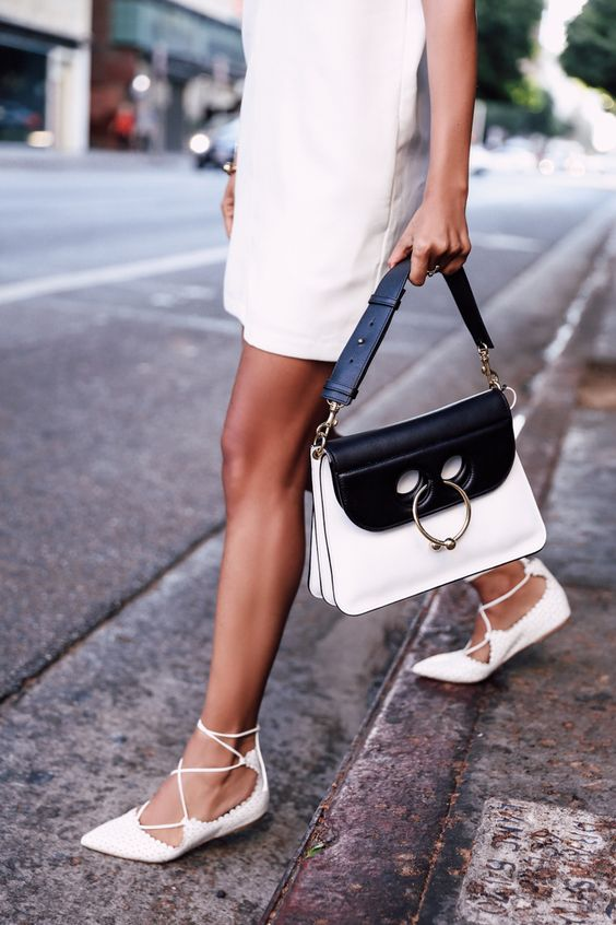 Viva Luxury Black White J.W. Anderson Pierce Bag Aquazzura Lace Up Christy Flats