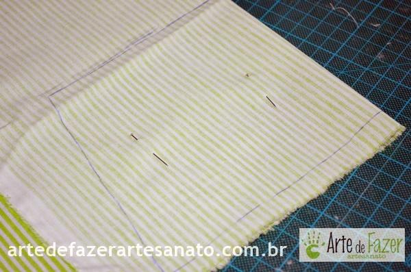 Tecido dobrado pronto para o corte | passo a passo para fazer o avental