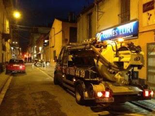 Limpieza a presión con camión cisterna en Sant Cugat del Valles