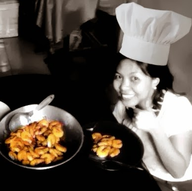 """cook chat On saturday, you connect to """"cooking live"""" classes – accessed with any standard device – and then cook with chef patrice over the internet you can also use live chat to communicate directly with the chef."""