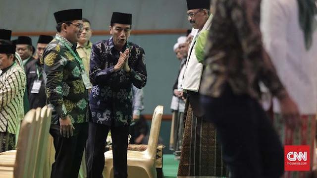 Berbatik Biru dan Peci Hitam, Presiden Hadiri Harlah ke-93 NU