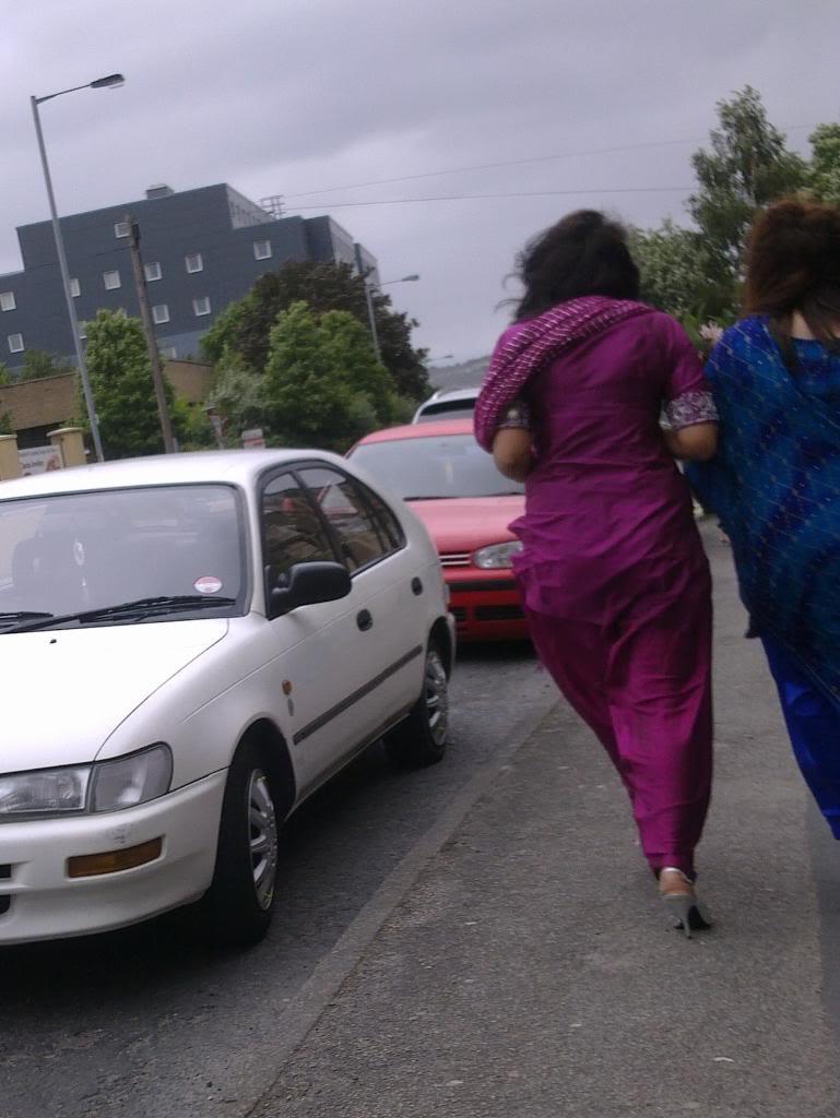 Hot Indian Desi Girls Walking On Road Captured By A Hidden -4603
