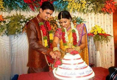 Singer Krishna Chaitanya and Anchor Madhu Mrudula Engagement3