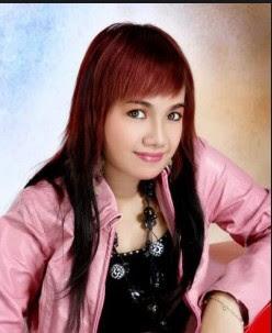 Reny Farida Profil Facebook 85