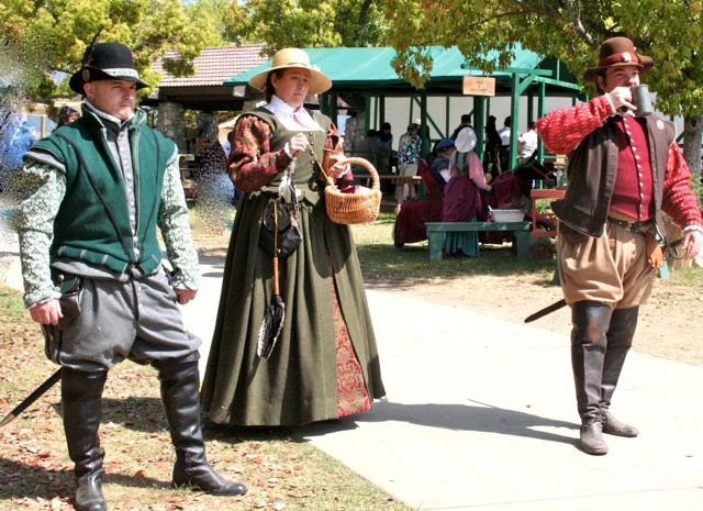 Keep calm and craft on a sampling of renaissance faire costumes sims medieval edition has been released and the local renaissance faires are going on all around you solutioingenieria Gallery
