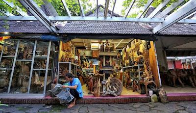 Perkembangan pariwisata indonesia sangat pesat sekali,tak terkecuali Kota Jakarta,hal tersebut membuat potensi wisata nusantara semakin dilirik oleh dunia luar