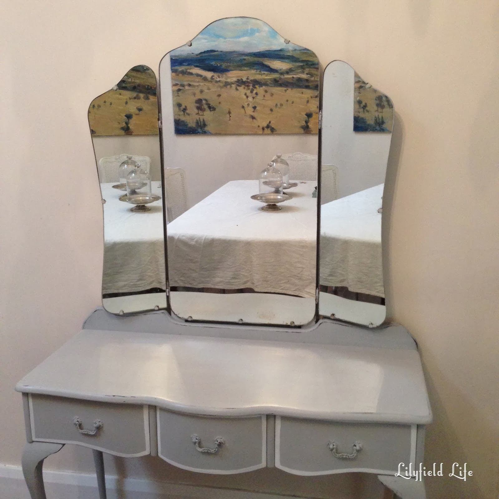 detailed look 81c75 ba8e1 Lilyfield Life: A French Dressing Table for Ljae's sick boy
