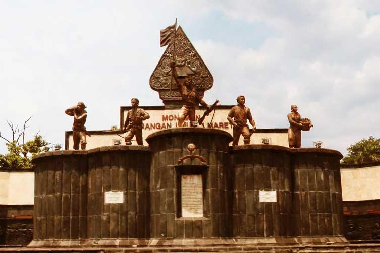 Foto Monumen Serangan Umum 1 Maret