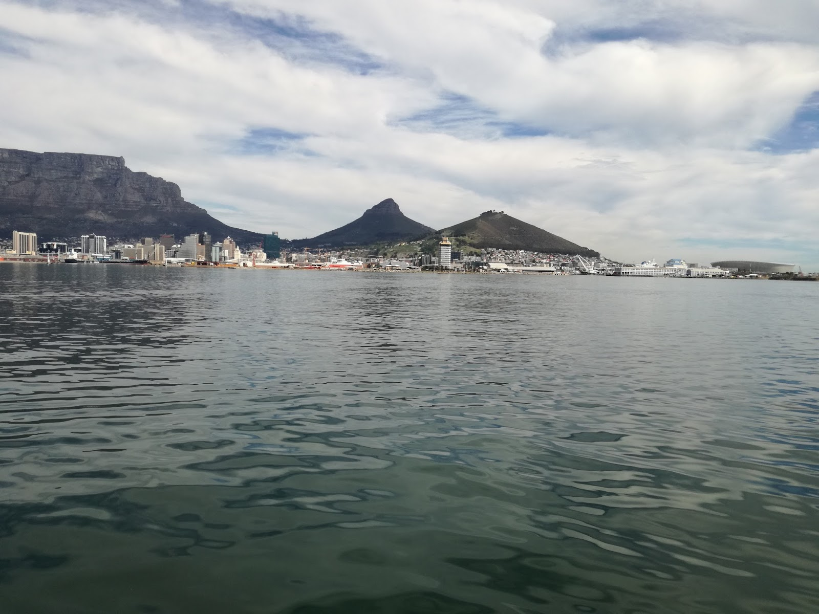 Beautiful table mountain at cape town south africa for Cape town south africa travel
