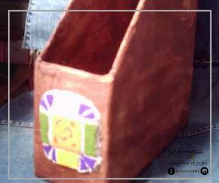 Ideas para reutizar cartón, reciclar cartón, tutorial para hacer un revistero. COnsejos minoca.uy