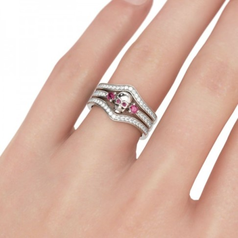 Jeulia 3PC Skull Round Cut Created Fuchsia Sapphire Wedding Set-The Price: $175.95