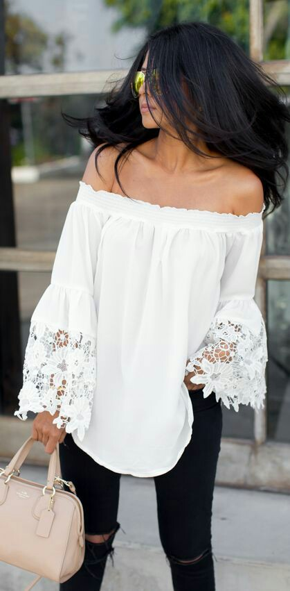 Off shoulder sleeves lace white Boho style