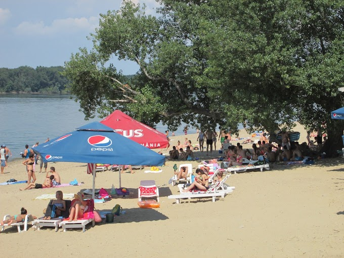Foto/Video: Plaja Başcov şi Debarcader din Mun. Calafat