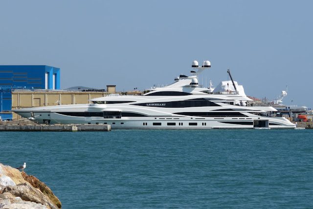 Superyacht Lionheart, IMO 1012323, FB 262, port of Livorno