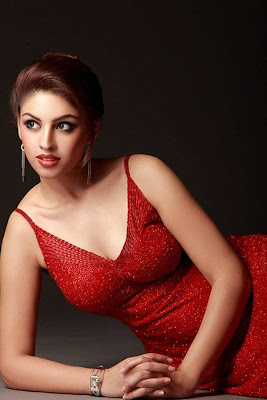 Richa Gangopadhyay very hot