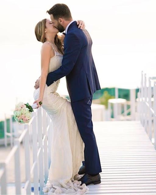 Sorrento, Villa Eliana. Un bacio degli sposi. Alessia Siena