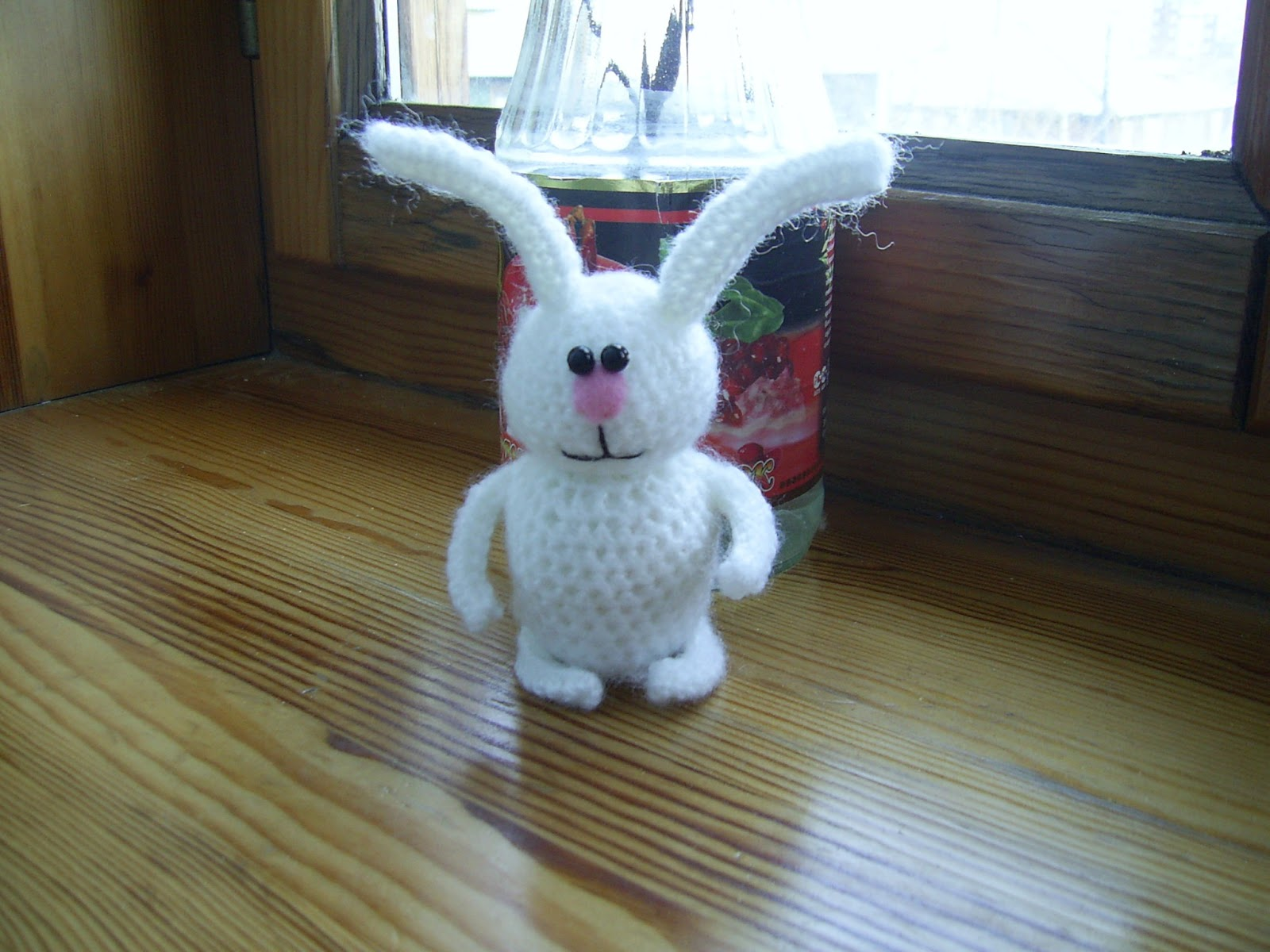 Доброделица: Вязаные зайцы