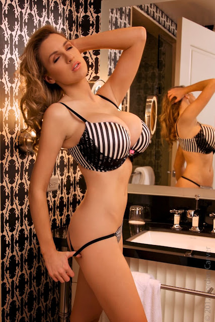 Jordan-Carver-Boutique-hot-photoshoot-sexy-pic-10