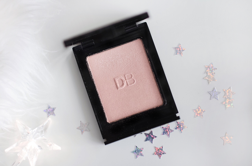 Designer Brands Enlighten Me Pressed Illuminator review swatches