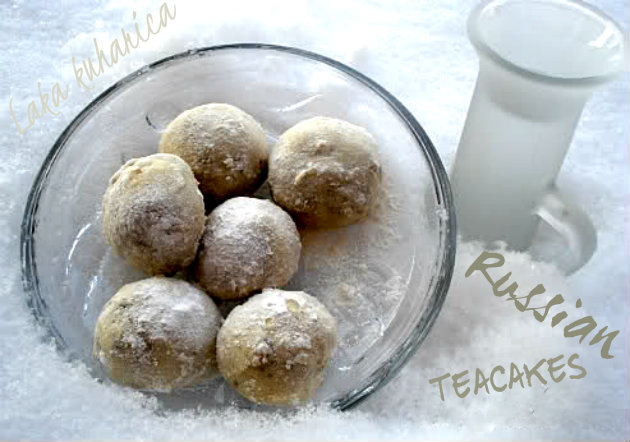 Russian teacakes by Laka kuharica: they melt in your mouth and leave you begging for more.