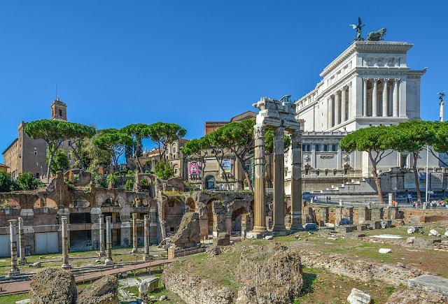 regole di sopravvivenza per piccoli turisti a Roma