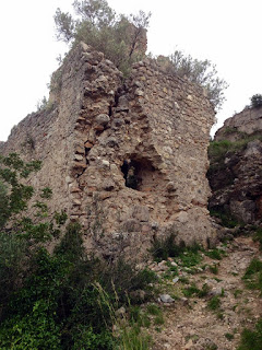 Porta del castell del Rebollet