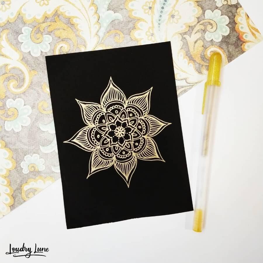 11-Star-Flower-Loudry-Lune-www-designstack-co