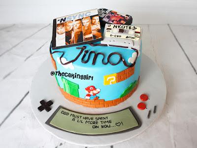 n synce birthday cake, nintendo 90s theme cake