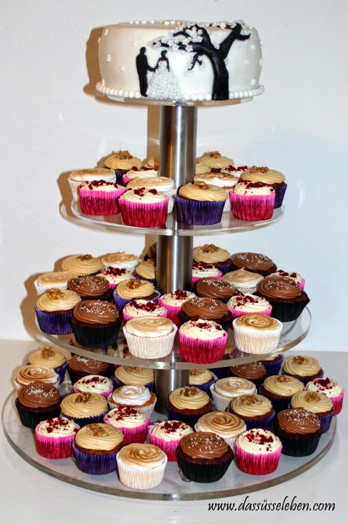 rezept hochzeits cupcake tower red velvet cupcake rezept. Black Bedroom Furniture Sets. Home Design Ideas