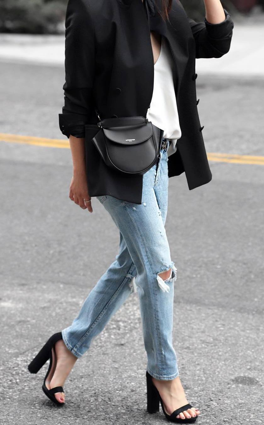awesome office outfit / black blazer + top + jeans + heels + bag