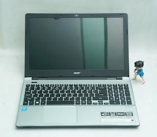 Laptop Acer V3-572 Bekas