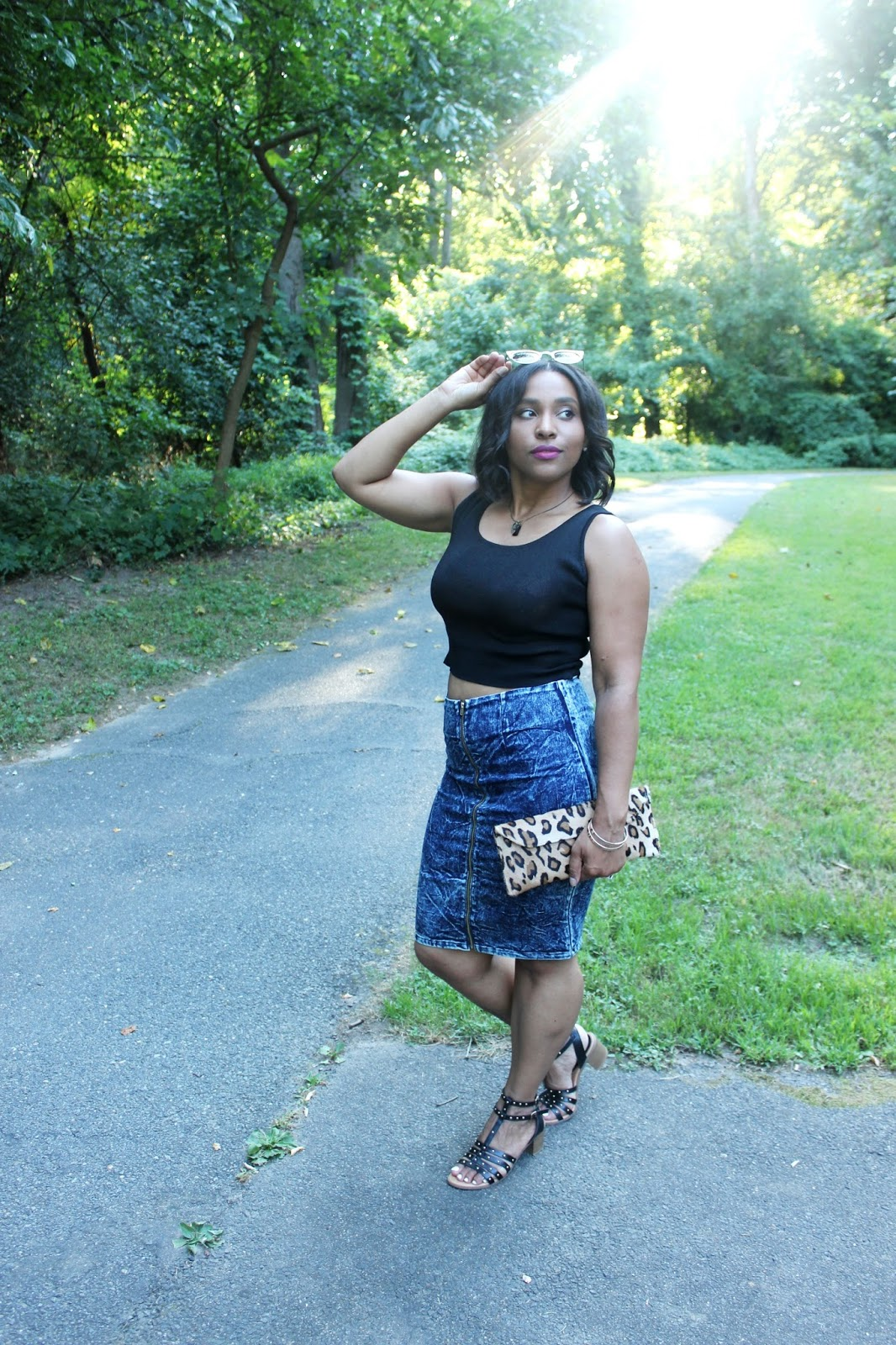 leopard, summer looks, denim skirt, crop tops