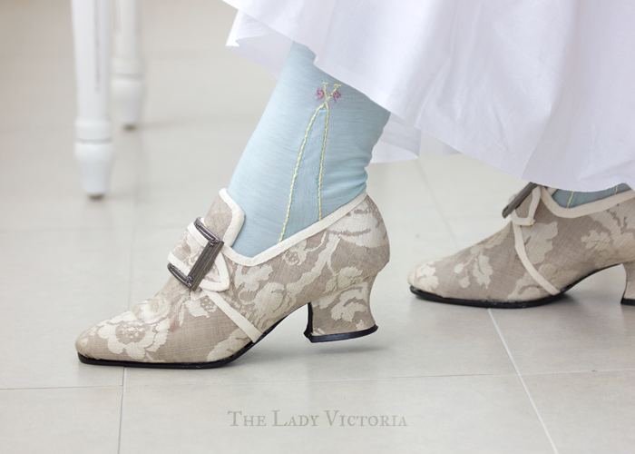 18th century shoes and stockings