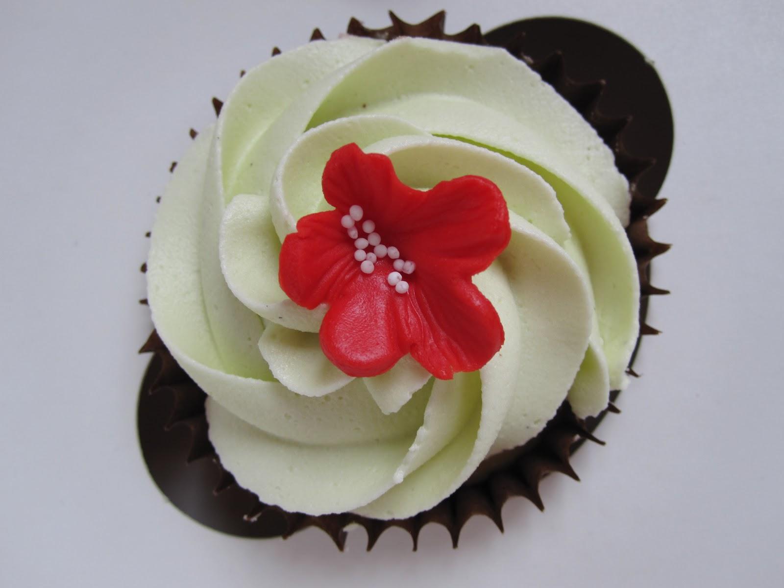 Treatz Red Velvet Fudge Cake