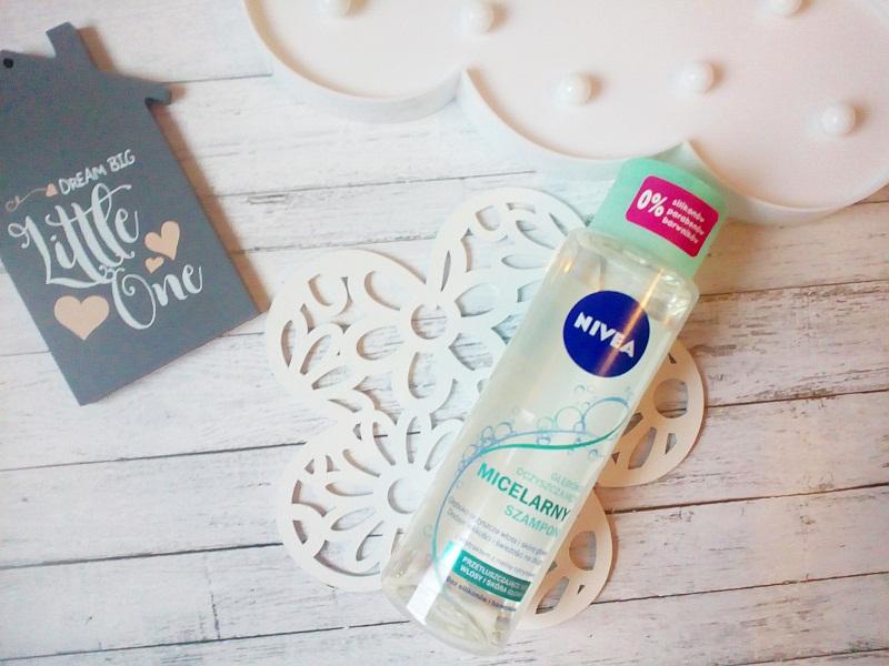 Głęboko oczyszczający micelarny szampon od Nivea.