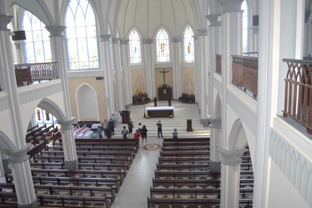Majalah Duta Keuskupan Agung Pontianak Katedral Sintang