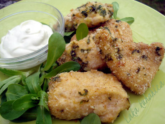 Parmesan chicken nuggets by Laka kuharica: fabulous morsels that are delicious hot or cold.