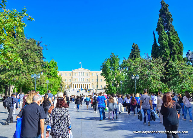 Locals and tourists in Syntagma Square