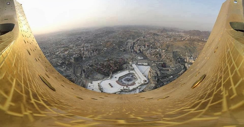 Amazing Picture Of Kaaba From The Top Of Abraj Al Bait