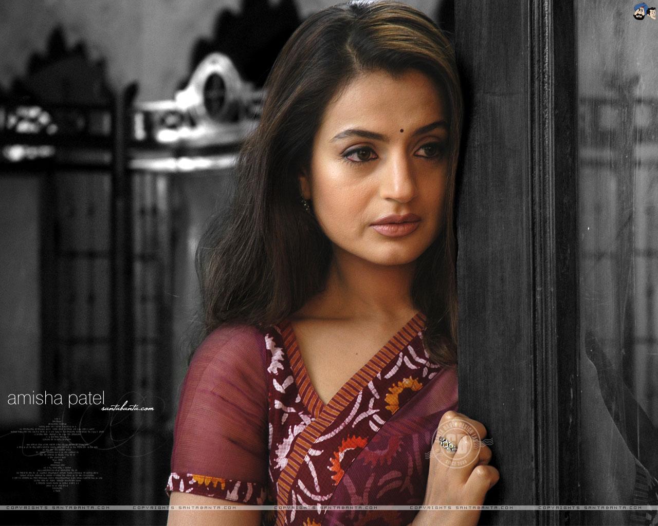 HD Wallpaper Of Amisha Patel
