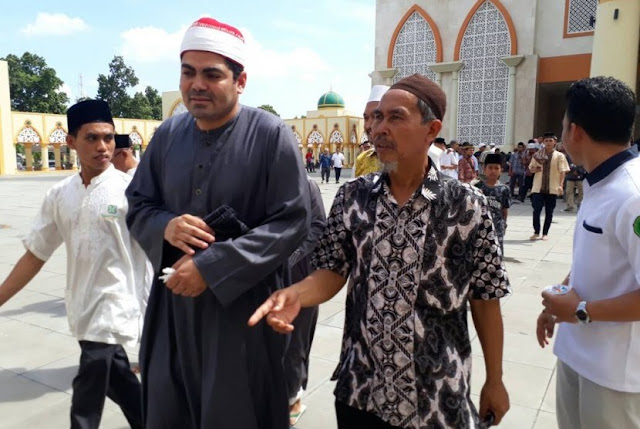 Subhanallah, Imam Besar Mesir Takjub Dengan Shalat Tarawih Di NTB