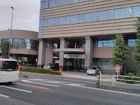 竹の塚警察署の外観