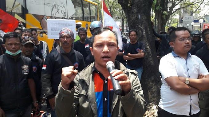 Dugaan Korupsi PT. Telkom dan PT. Pos Indonesia, LSM KPK Lakukan Unjuk Rasa