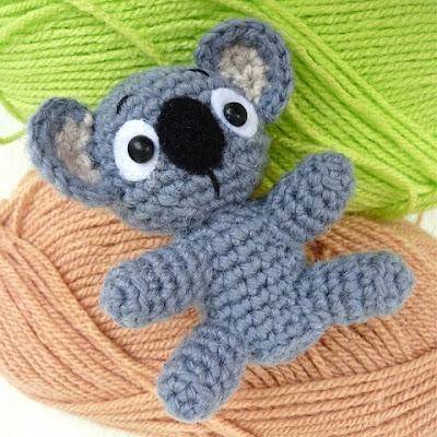 Вязаная крючком коала амигруми