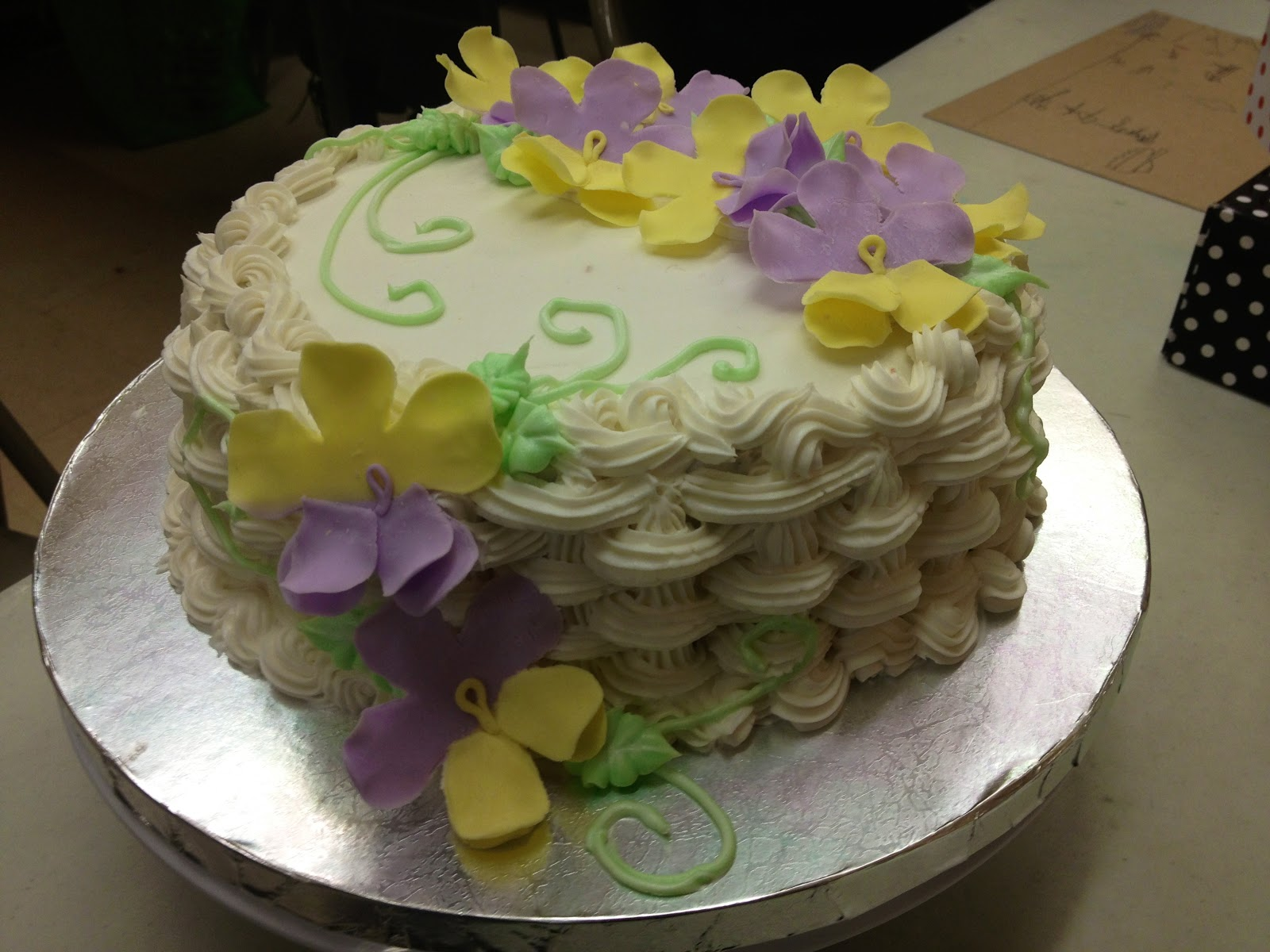 Jesnescakes Basket Weave Cake With Flowers And Vine Designs