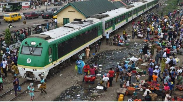 nigeria-train-crushed-man-to-death-in-abuja