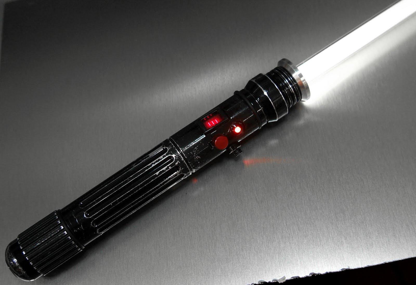 Graflex Saber Hand-made Skywalker Lightsaber Calls to Us ... |Prototype Lightsaber