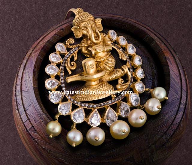 Cute Ganesh Shivling Pendant