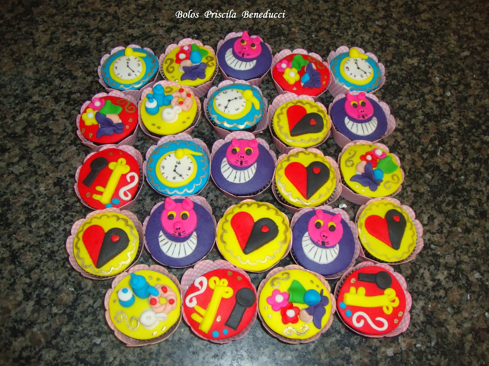 Cupcake Alice no País