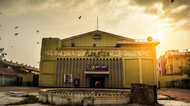 Agastya theatre in North Chennai
